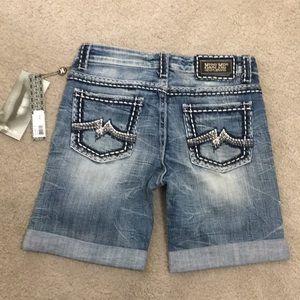 Miss me jeans boyfriend Bermuda sz 27 x 7.5 NWT